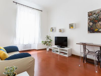 Photo for Lovely flat near Basilica of Santa Maria Novella