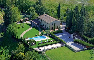 Photo for Luxury Private Villa San Gimignano,6 Ensuite rooms,Heated Swimming Pool ,Sauna.