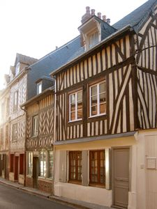 Photo for 4BR House Vacation Rental in Honfleur, Normandie