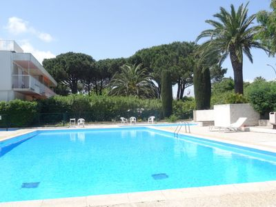Photo for Apartment Les Patios in Saint-Tropez - 4 persons, 1 bedrooms
