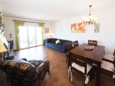 Photo for Apartment Vallès in Llançà - 4 persons, 2 bedrooms