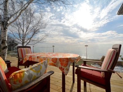 Photo for Newly renovated PEC home on Lake Ontario close to vineyards & Drake Devonshire
