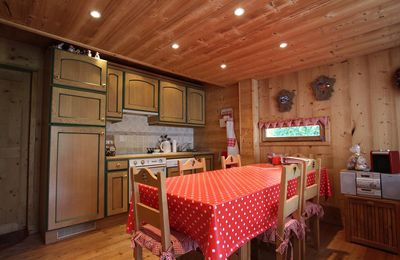 Photo for Duplex in Rochebrune for 6 persons, in a quiet area, 15min walking distance from ski slopes