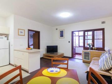 Search 999 holiday rentals