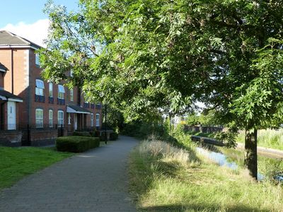 Photo for CANAL-SIDE APARTMENT, COVENTRY CITY CENTRE. overlooking the water.