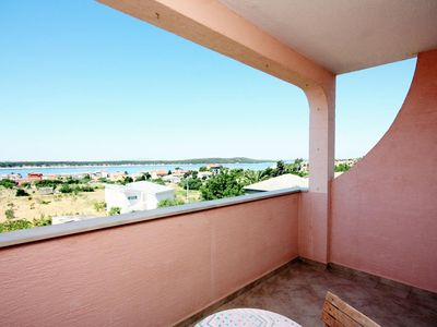 Photo for Two bedroom apartment with terrace and sea view Barbat (Rab)