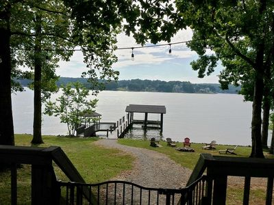 Photo for SUMMER BREEZE- Flat Lot, FirePit by the Lake, Kayaks & Water Toys