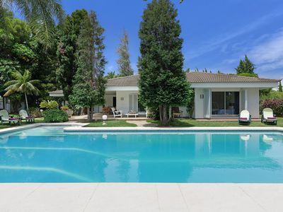 Photo for Fabulous Marbella Villa with massive pool, private tennis court. Close to beach