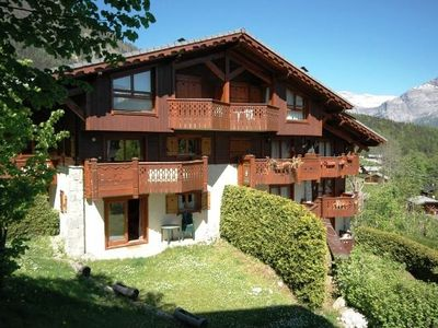 Photo for Apartment on the slopes with swimming pool in Chamonix valley
