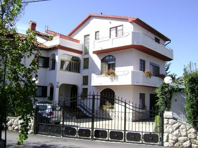 Photo for 1BR Apartment Vacation Rental in Palit, Kvarner Bucht