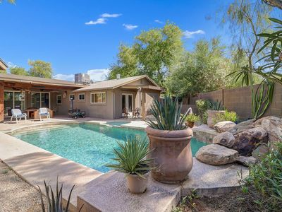 Photo for Minutes to Old Town, Heated Pool & Patio Stove, 4 BR
