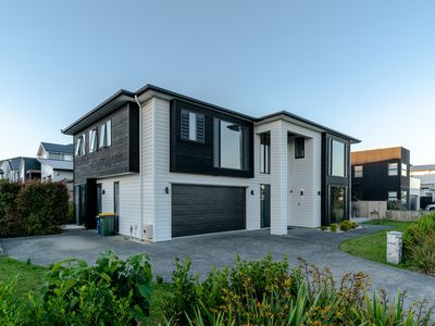Photo for Long Bay Spacious Luxurious Modern 5 Bedroom House