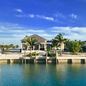 100 feet private dock