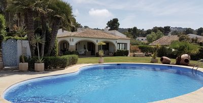 Photo for Spacious villa in beautiful old urbanization El Tosalet near the beaches