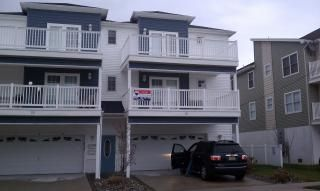 Photo for Multi-Family Condo w/1st Floor IN-LAW SUITE 1.5 Blk to Beach. Handicapped access