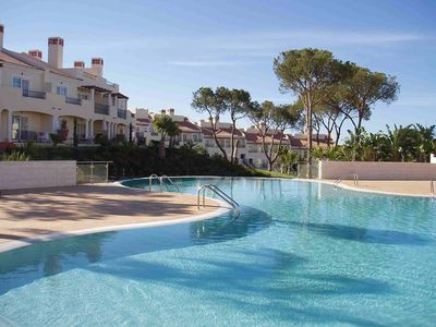 Photo for Luxury apartment with shared pool on Vila Sol GC