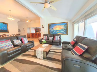 Photo for SPACIOUS 6Bed/6Bath House across Street from Ocean