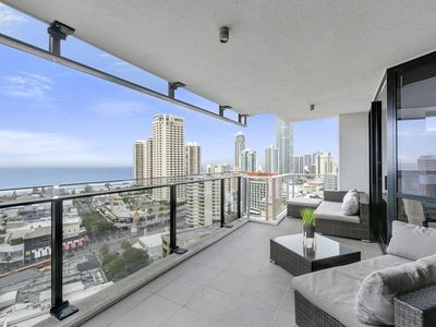 Photo for Circle on Cavill 3 bedrppm apartment with stunning ocean views