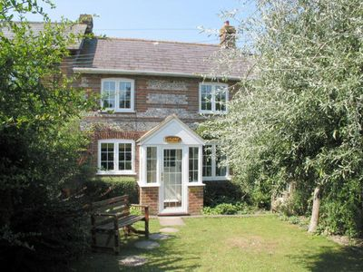 Photo for POPPY COTTAGE, family friendly in Charlton Marshall, Ref 976077