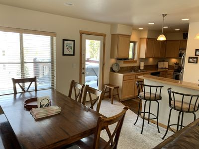 Photo for Perfect Location - downtown, shuttle to WP resort PLUS private hot tub & garage