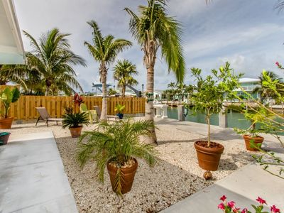 Photo for Lazy Tortuga 2 bed 2 bath Duplex on Canal