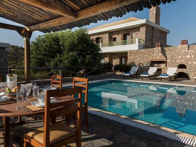 Photo for Luxury Seaside Villa With Private Pool And Exquisite View Of The Aegean Sea