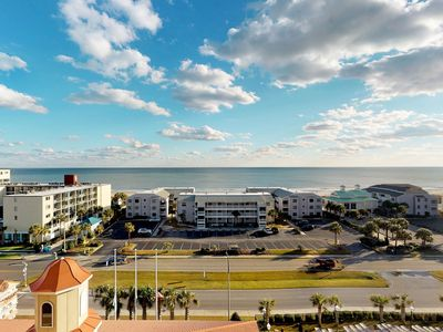 Photo for Snowbird friendly ocean view condo w/ shared pool and hot tub