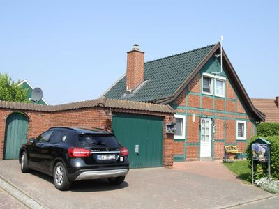 Photo for Holiday home Norderpiep 22 - Norderpiep 22 with sauna and fireplace + fenced garden. Wireless Internet access