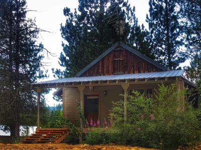 Cute Cowboy style studio cabin in the woods