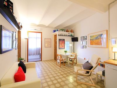 Photo for Apartment 1.4 km from the center of Barcelona with Lift, Internet, Washing machine, Air conditioning (88927)