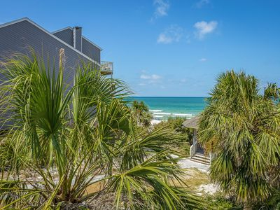 Photo for $200 off AUG WEEKS * NEWLY REDONE 1st Tier END UNIT 20 STEPS to Beach Walkover!