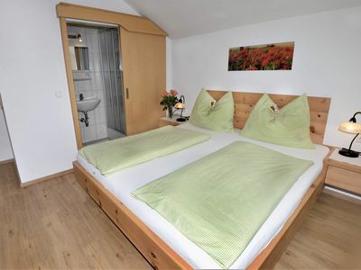 Photo for Double room with shower and toilet - Gästehaus Sonnenheim