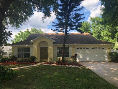 Photo for 3 Bedroom 2 Bathroom Vacation home minutes away from the Parks
