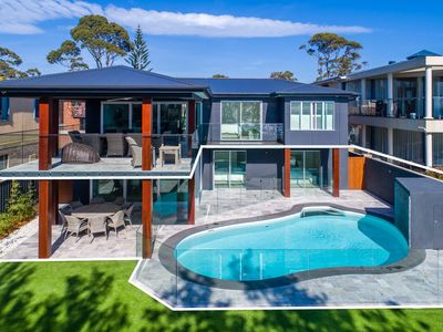 Photo for Vukeville - beachfront luxury with pool - 4pm check out Sundays