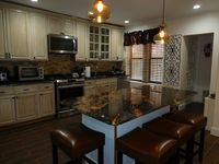 Fantastic Brownstone property in excellent condition. Locality perfect - 30 to 40 mins from all
