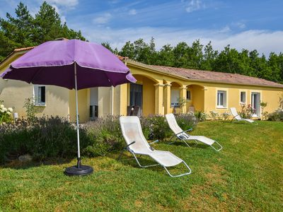 Photo for Luxury villa with pool and views in natural surroundings.