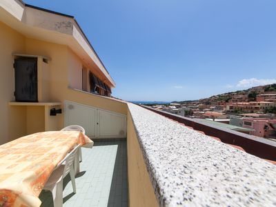 Photo for Apartment with 2 bedrooms, 2 bathrooms, washing machine, large terrace top sea view