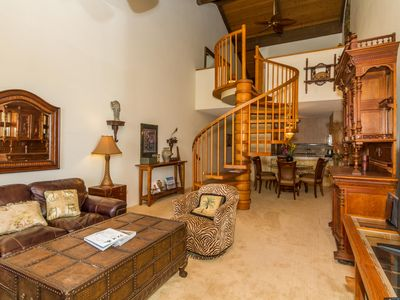 Photo for Kamaole Sands Top Floor * 2Bed/2BA * 1188 sq ft * Short walk to Kamaole Beaches