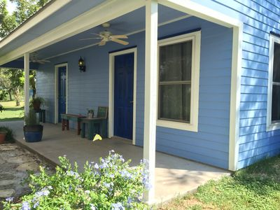 Photo for 1BR Cottage Vacation Rental in Smithville, Texas