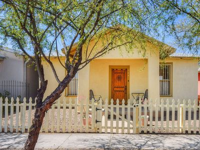 Photo for Great downtown Tucson location w/ a full kitchen, enclosed yard, & gas grill