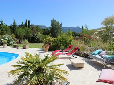 Photo for Large Provencal villa in a corner of paradise on 8000 m2 of land