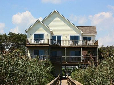 Photo for Yellow House: 5 BR / 3 BA home in Oak Island, Sleeps 10