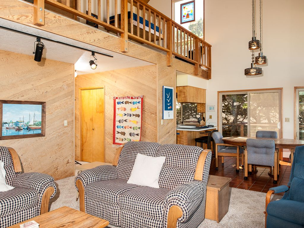 rental br city house to vrbo coast oregon vacation stay pin for family lincoln places great seamist central pinterest the in or beach