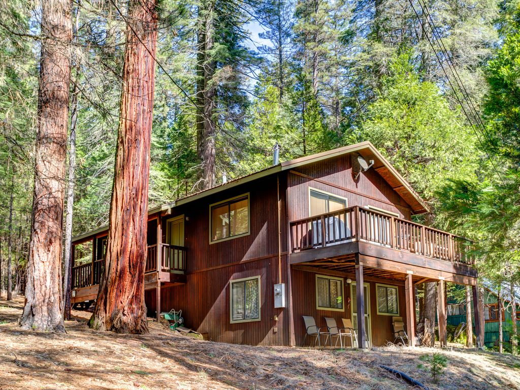 yosemite lodge click exterior cabin to rental cabins custom family view gallery room camping evergreen one