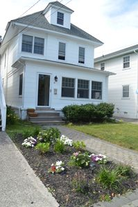 Photo for Single Family Rental (6 beds located in the Gardens Ocean City, NJ