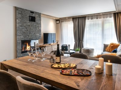 Photo for A205 - Apartment 6 people , 3 bedrooms, spa & swimming pool, 200m ski slopes !