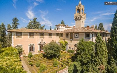 CHARMING CASTLEAPARTMENT near Montespertoli (Chianti Area) with Pool & Wifi. **Up to $-95 USD off - limited time** We respond 24/7