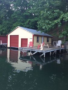 Photo for Charming Cottage on Lake Lure