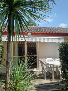 Photo for Villas Du Lac 113 Quality 2 Bed Villa near Beautiful Lakes, South West France