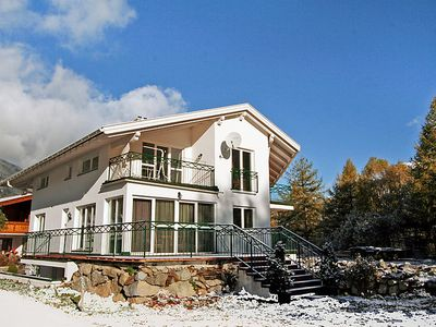Photo for 7 bedroom Apartment, sleeps 15 in Lehn with WiFi